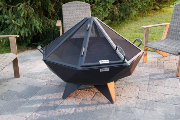 4' Polygon Bowl with Spark Screen and Single Panel Door Option